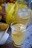 Jugo de limón Fotografía de archivo