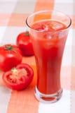 Jugo de tomate. Imagen de archivo libre de regalías