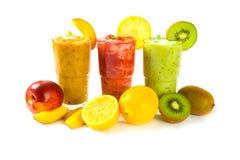 Jugos de fruta Fotos de archivo