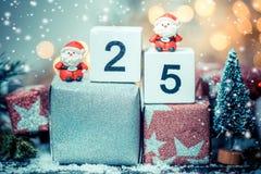 Juguete de la Feliz Navidad y de Papá Noel Imagen de archivo