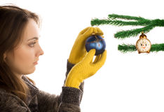Juguete de la Navidad de la explotación agrícola de la muchacha fotos de archivo libres de regalías