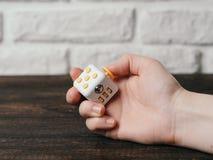 Juguete de los fingeres de la tensión del cubo de la persona agitada Imagen de archivo libre de regalías