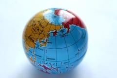 Juguete del hierro: Tierra del planeta del globo imagen de archivo libre de regalías