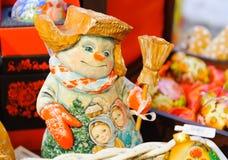 Juguete del muñeco de nieve en la Navidad justa en Moscú Fotografía de archivo libre de regalías