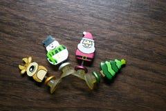 Juguete del ` s del Año Nuevo Una foto de un juguete del ` s del Año Nuevo para adornar un árbol de navidad por un día de fiesta Foto de archivo