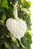 Juguete hecho a mano del corazón blanco Fotografía de archivo libre de regalías
