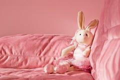 Juguete rosado del conejito Fotografía de archivo