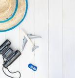 Juguete y accesorios que viajan del niño Fotografía de archivo
