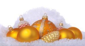 Juguetes amarillos de la Navidad en las lanas de las ovejas Imágenes de archivo libres de regalías