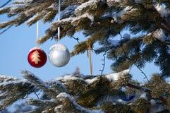 Juguetes de la bola del árbol de navidad Fotografía de archivo libre de regalías