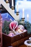 Juguetes de la Navidad, composición de las bolas de la Navidad Fotografía de archivo