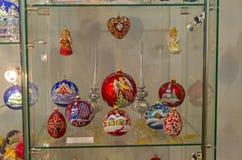Juguetes de la Navidad en un tema religioso Imágenes de archivo libres de regalías