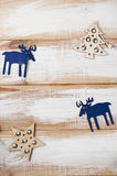 Juguetes de Noel en fondo de madera Imágenes de archivo libres de regalías