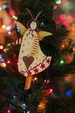 Juguetes del árbol de navidad, ángel juguete hecho a mano de la decoración de la Navidad Imagenes de archivo