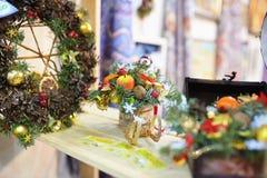 Juguetes del Año Nuevo en la Navidad justa Imágenes de archivo libres de regalías