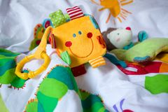 Juguetes del bebé Foco selectivo Foto de archivo