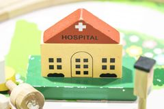 Juguetes educativos determinados de madera de Toy Set Play del hospital Imagen de archivo libre de regalías