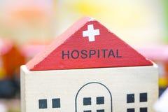 Juguetes educativos determinados de madera de Toy Set Play del hospital para el preescolar Fotos de archivo