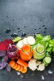 Juice Smoothie Color Vegetables Bottles frais Photo libre de droits