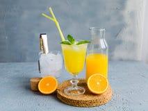 Juice Summer Concept Healthy Drink anaranjado fresco imagenes de archivo