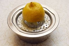 Juicer do limão imagens de stock