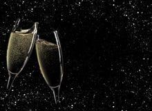 Juicht toe! Twee champagneglazen royalty-vrije stock fotografie
