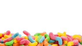 Juicy ζωηρόχρωμα γλυκά ζελατίνας που απομονώνονται στο λευκό Gummy καραμέλες Φίδια στοκ φωτογραφία με δικαίωμα ελεύθερης χρήσης
