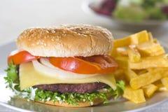 juicy κρέας χάμπουργκερ Στοκ φωτογραφία με δικαίωμα ελεύθερης χρήσης