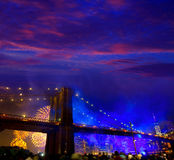 4 juillet 2014 pont de Brooklyn de feux d'artifice Manhattan Image stock