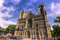 28 juillet 2015 : Vue de face de cathédrale de Nidaros à Trondheim Images libres de droits