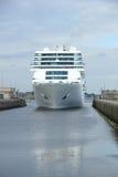 13 juin 2014 IJmuiden : Costa Neo Romantica dans le dock sur le journe Images libres de droits