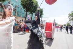 12 juin 2018, la RUSSIE, VORONEZH : Défilé des théâtres de rue Festival platonique international photo libre de droits