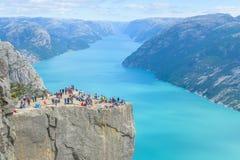19 juin 2016 Stavanger, Norvège : Roche Preikestolen de pupitre photographie stock