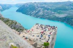 19 juin 2016 Stavanger, Norvège : Roche Preikestolen de pupitre photos stock