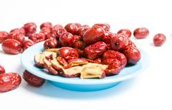 Jujube, китаец высушил красный плодоовощ даты на плите Стоковые Фотографии RF