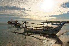 Jukung tradicional del balinese en la playa de Pemuteran Fotos de archivo libres de regalías