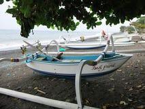 Jukung tradycyjna ??d? rybacka Indonezyjscy rybacy obraz stock