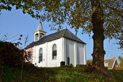 Jukwerd老教会在格罗宁根省的  免版税库存照片