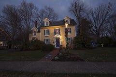 jul dekorerat hus Fotografering för Bildbyråer