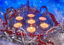 Jul festliga stearinljus, tapet Royaltyfri Bild