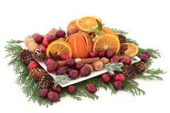 Jul frukt och muttrar arkivfoto
