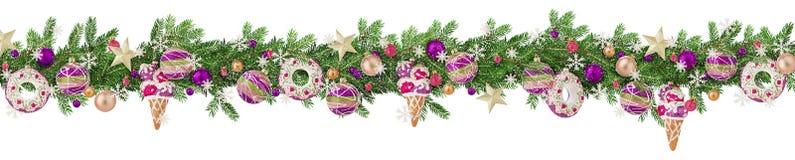 Jul gränsar med granfilialer, leksaker, struntsaker, bollar och snöflingor som strilas med snö som isoleras på vit Panorama- form royaltyfria bilder