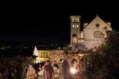 Jul 2017 i Assisi Umbria, med en sikt av San Francesco arkivbilder