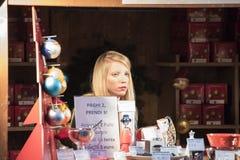 Jul i Milan: ledsen flicka Royaltyfri Foto