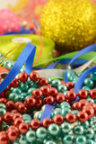Jul klumpa ihop sig, inbjudankortet för det nya året, diamanter och pärlor Arkivfoton
