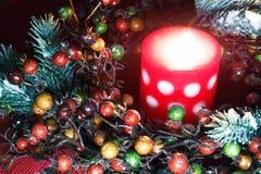 Jul krans och stearinljus Fotografering för Bildbyråer