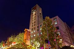Jul marknadsför i staden av Heidelberg, Tyskland royaltyfria bilder