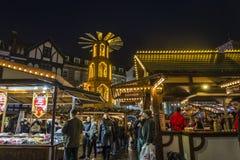 Jul marknadsför på marknadsfyrkanten, Kingston på Themsen, London, England, UK arkivfoton