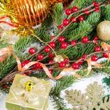 Jul och kant för nytt år på snow Arkivfoto