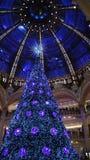 Jul på Galeries Lafayette Royaltyfri Bild